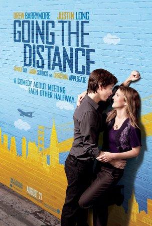 Re: Dál než se zdálo / Going the Distance (2010)